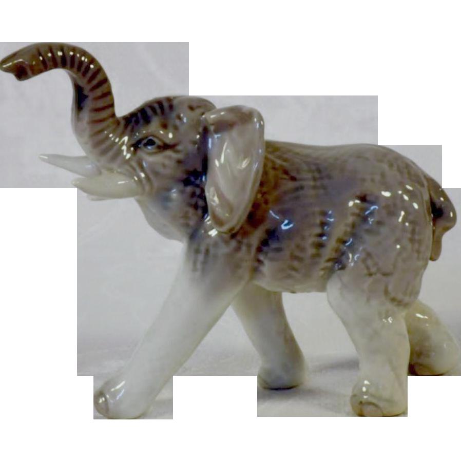 scarce vintage kyoto japan asian elephant figurine from blomstromantiques on ruby lane. Black Bedroom Furniture Sets. Home Design Ideas