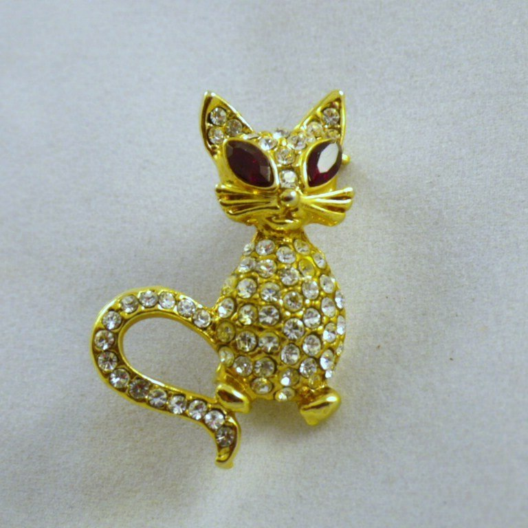 Vintage Kitty Cat Rhinestone Brooch