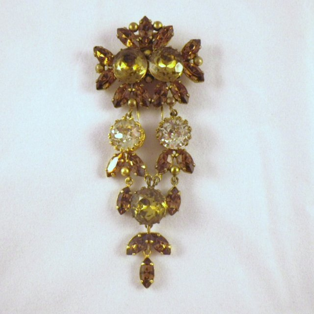 Vintage Roger Jean-Pierre French Dangle Fur Clip