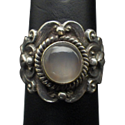 Vintage Sterling Silver and Moonstone Ring