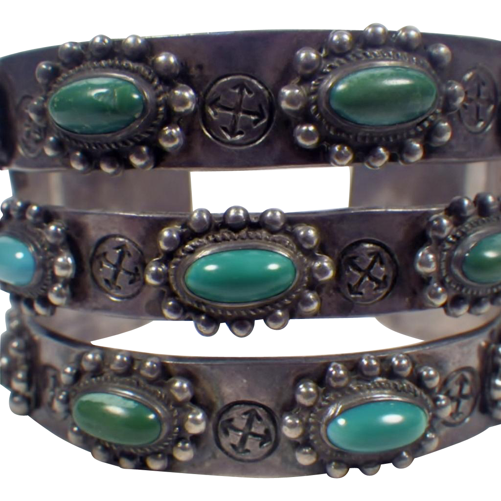 Vintage Native American Sterling Silver And Turquoise Cuff