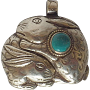 Vintage 800 Silver and Turquoise Rabbit Pendant