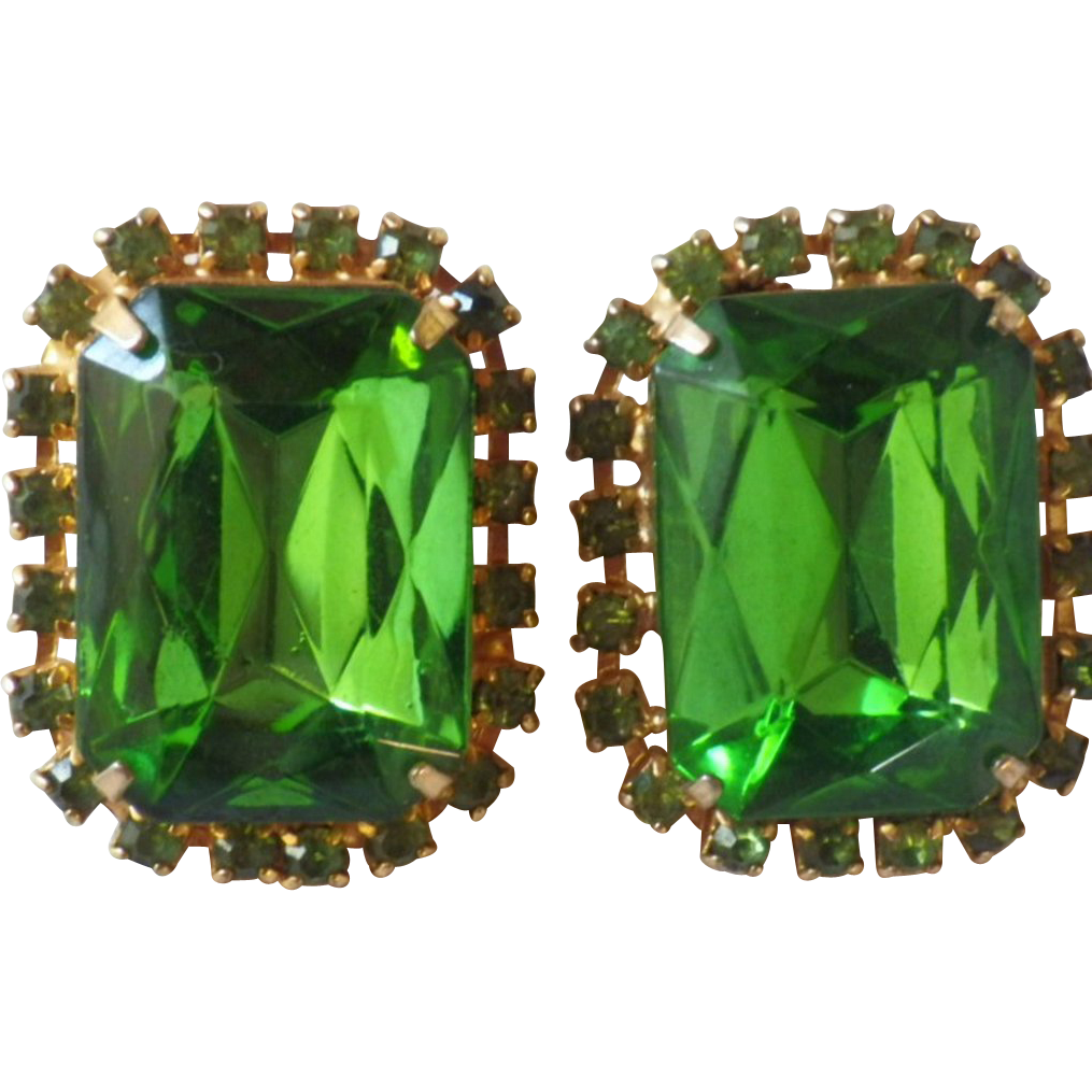 Vintage Peridot Green Rhinestone Earrings