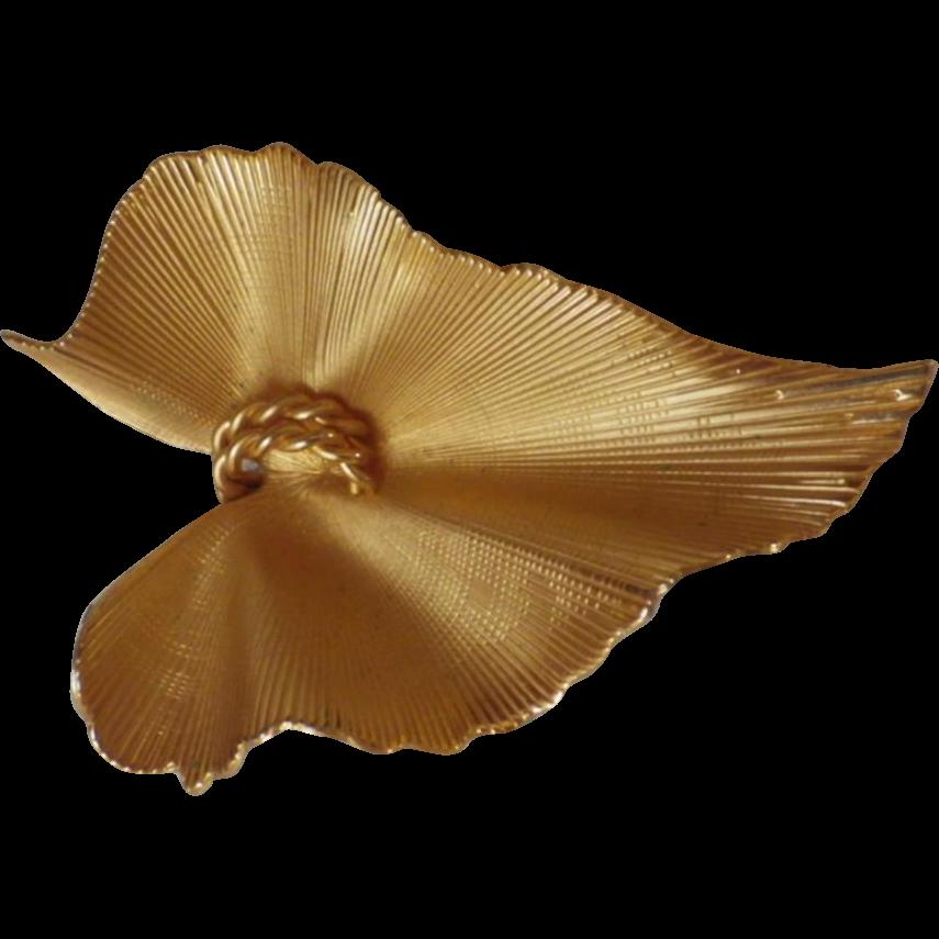 Vintage Signed Coro Pegasus Goldtone Leaf Brooch