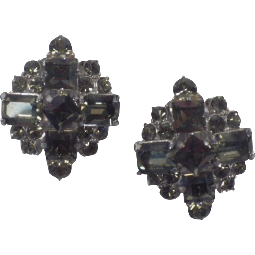 Vintage Pair of Stunning Black Diamond Rhinestone Earrings