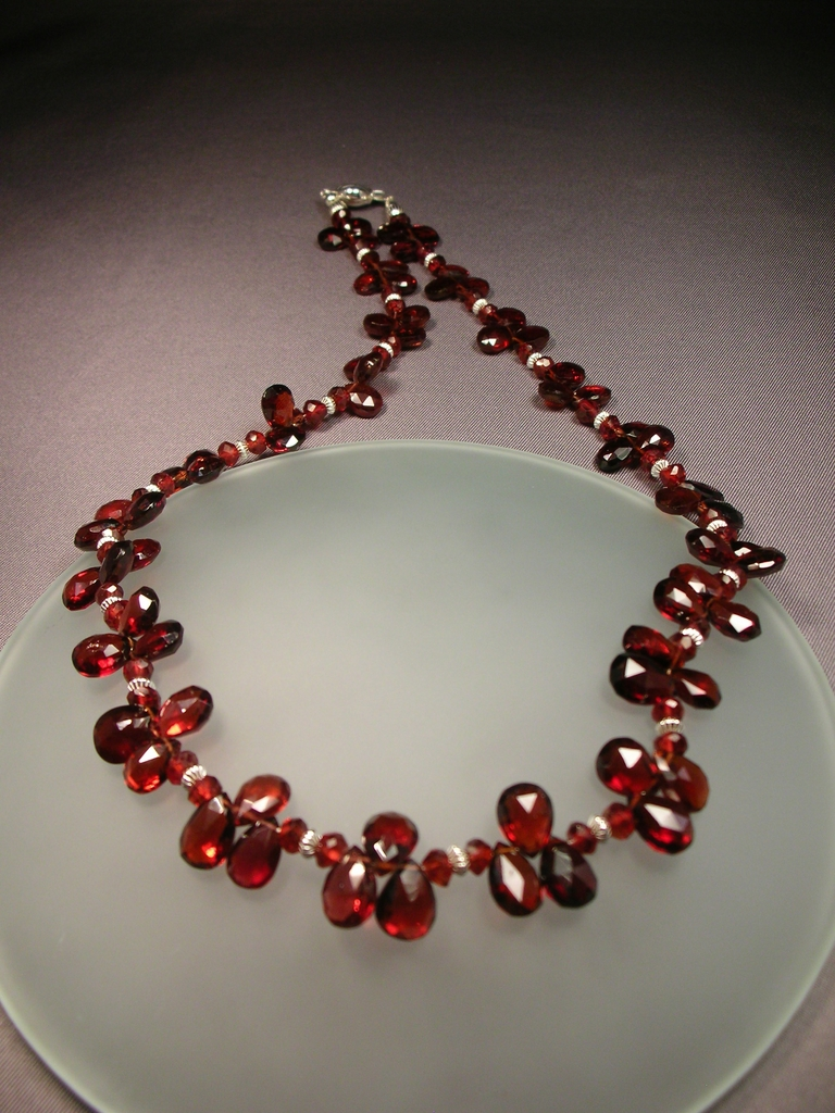 Sterling Silver Garnet Wreath Necklace