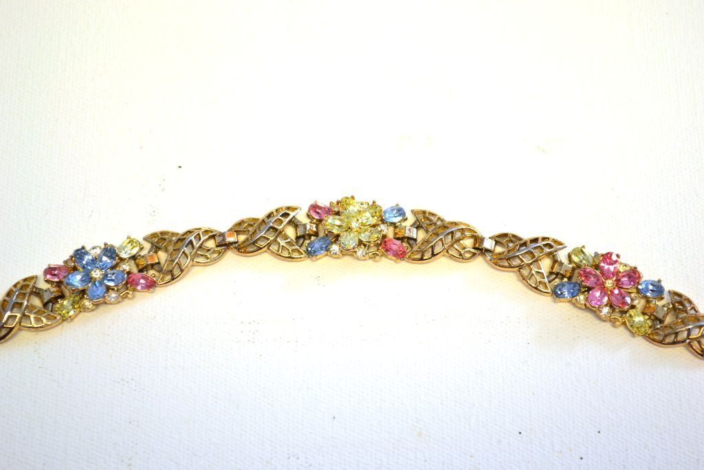 "TRIFARI ""Fragonard"" Pastel Flowers Bracelet"