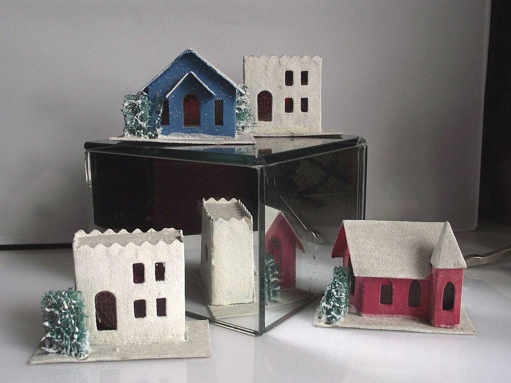 1950s Japanese Christmas Putz Houses 4 Piece