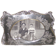Victorian Picture Frame Silver Plate in Brite Cut Shaped like an Artist Pallet