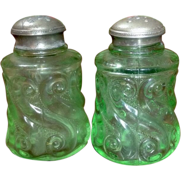Victorian Northwood S Repeat Light Green With Original Shaker Tops Salt and Pepper