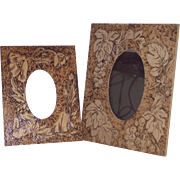 Pyrography Picture Frame with Easel Back Stand - Grapes