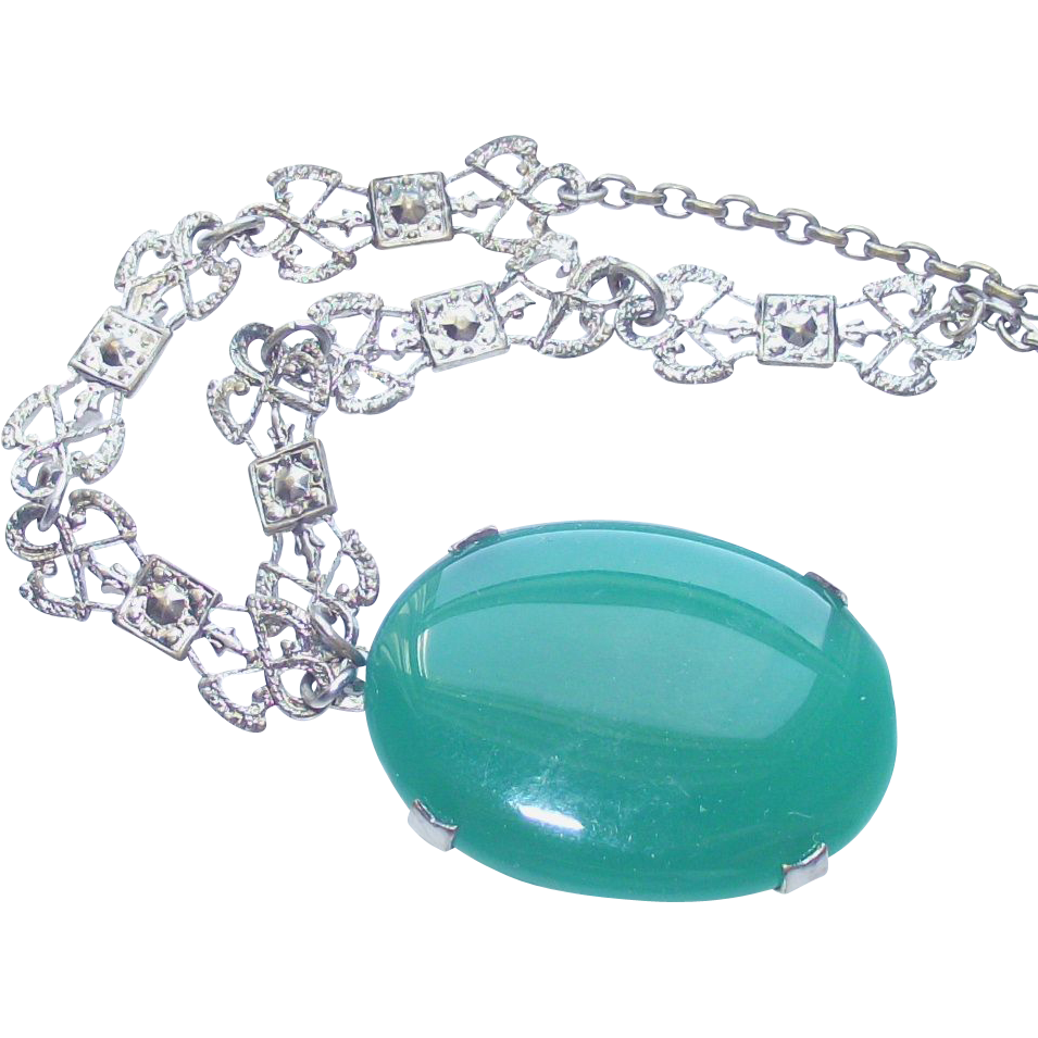Vintage Art Deco Green Glass and Marcasite Rhodium Necklace