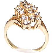 Vintage 10 kt rolled Ring Yellow Gold with Clear Stones Fashion Ring size six and one half