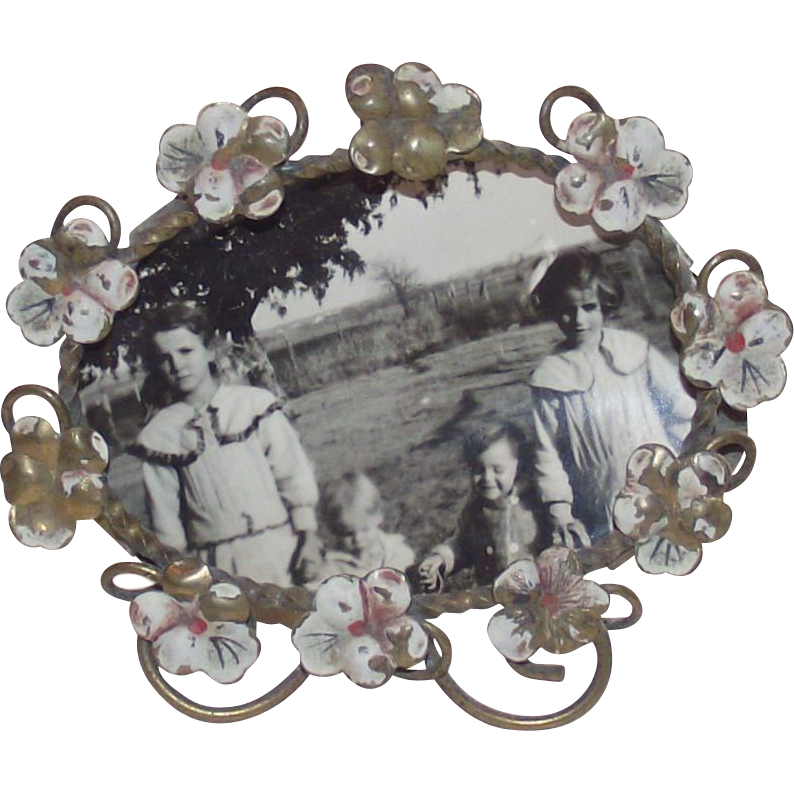 Antique Art Nouveau Picture Frame with Pansies