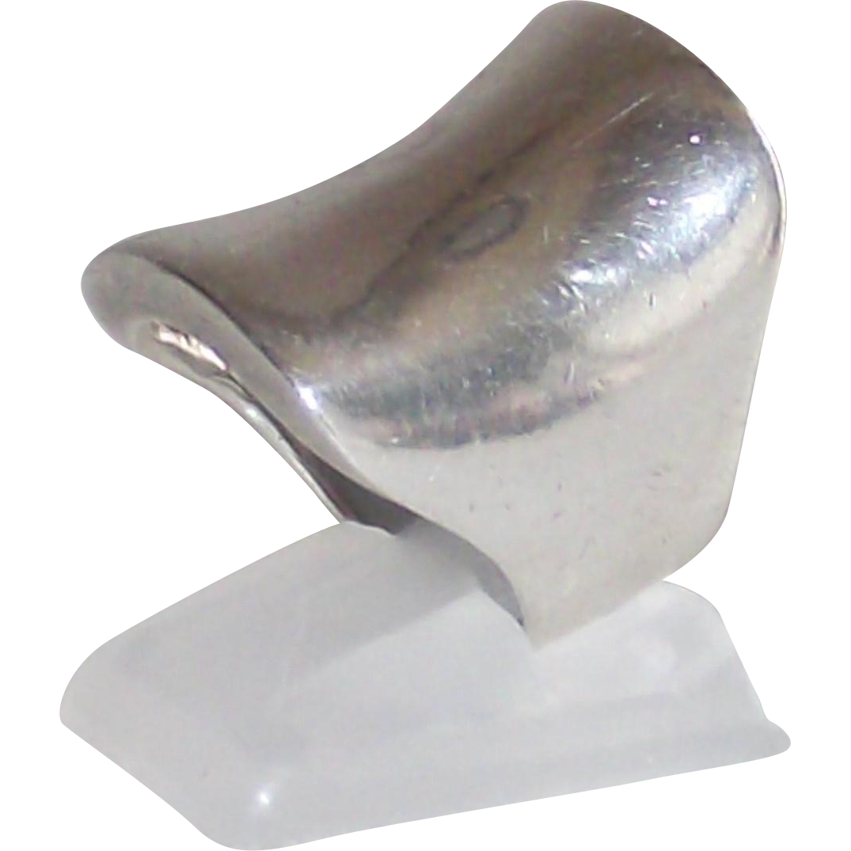 Vintage Sterling English Saddle Shaped Ladies Ring Size 6