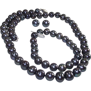 Peacock Black Pearl Necklace, Bracelet and Earrings