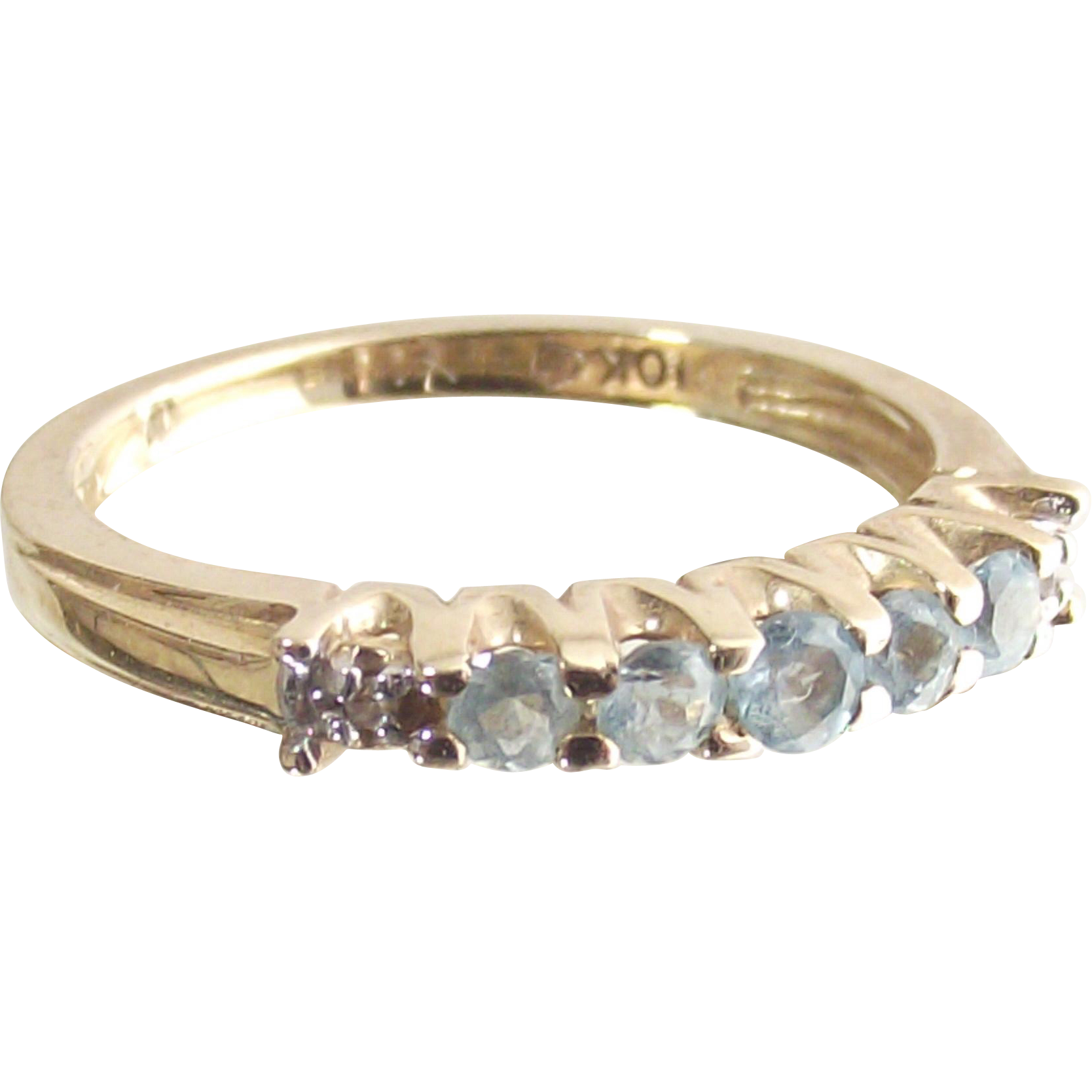 Ten Karet Yellow Gold Ring Guard Band Ring with Sky Blue Topaz and