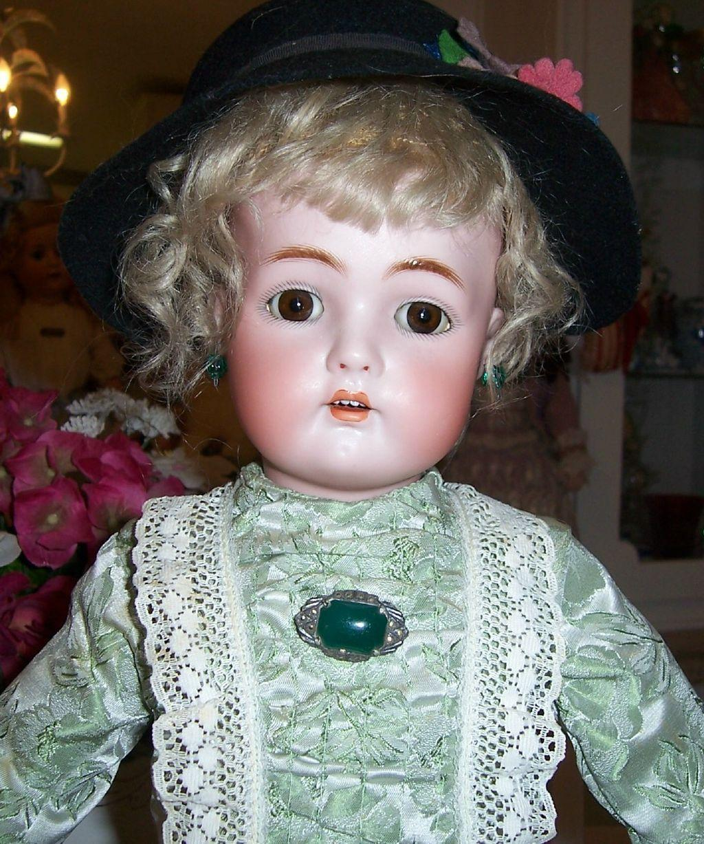 "21"" Kammer Reinhardt / Simon Halbig Antique Bisque Head Doll. Orig Body & Wig. Display Ready."