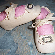 "Doll Shoes. Very Nice Antique German White Leather w Bows & Buckles 3 1/4"" x 1 3/8"""