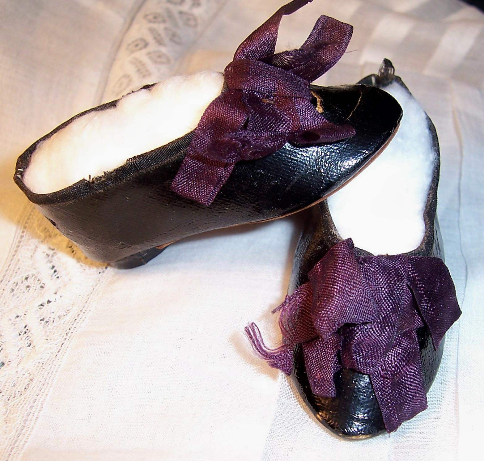 "Antique Doll Shoes 2 5/8"" x 1 1/8"" for French or German Fashion Lady w Heels & Stockings"