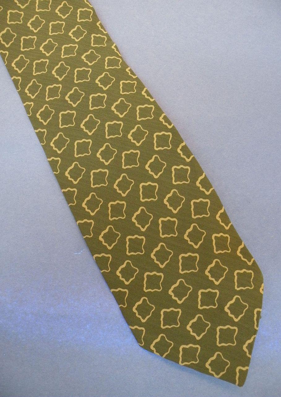 GIORGIO ARMANI Sage Khaki Abstract Geometric Print Silk Tie