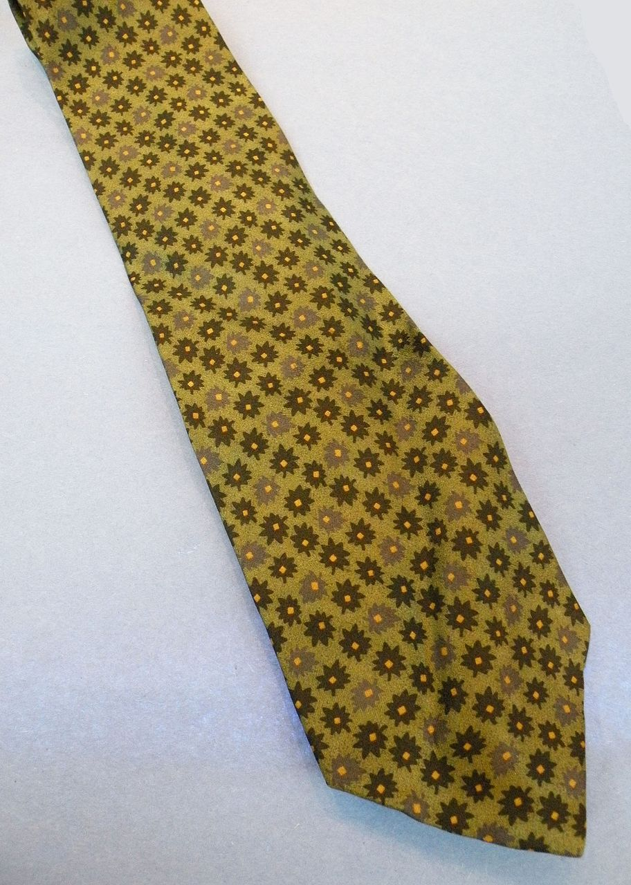 GIORGIO ARMANI Sage Multi Flower Power Print Silk Tie