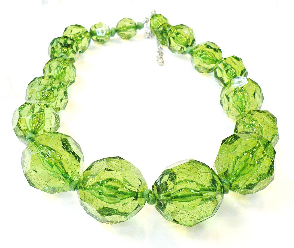Huge Green Crackle Lucite Variegated Bead Necklace