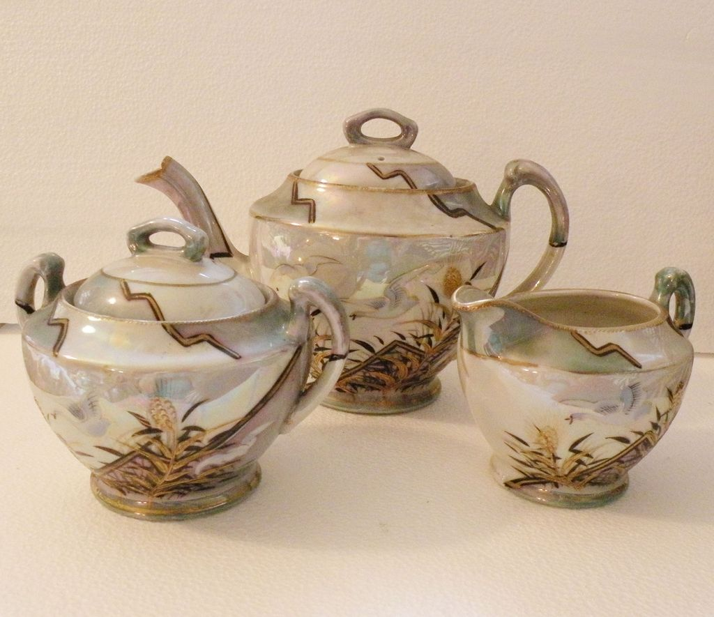 JAPANESE Iridescent Painted Five Piece Tea Pot Set