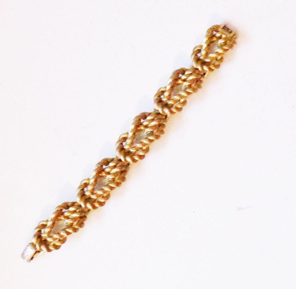 TRIFARI Pretzel Link Modernist Bracelet