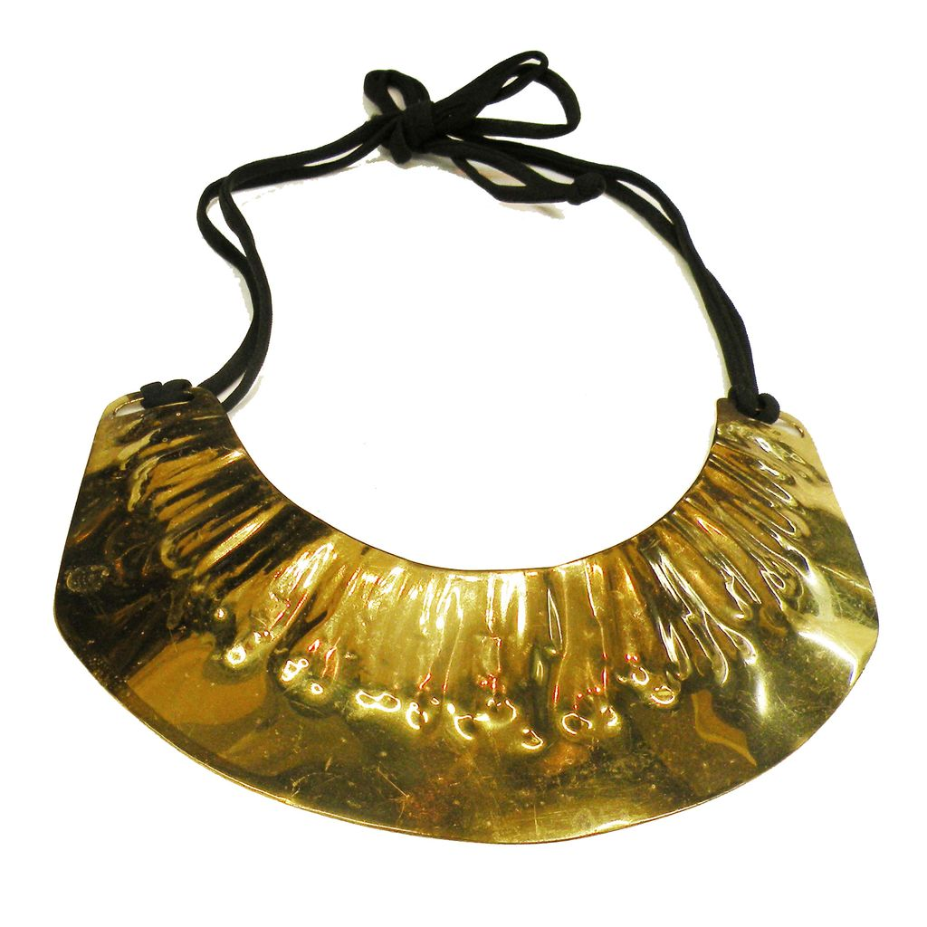 ALLEN JACOBSEN Modernist Sculptural Brass Tone Hammered Metal Studio Necklace