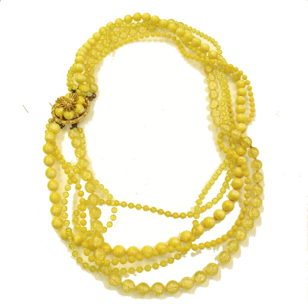 Five Strand Daisy Yellow Plastic Bead Mad Men Necklace with Flower Clasp
