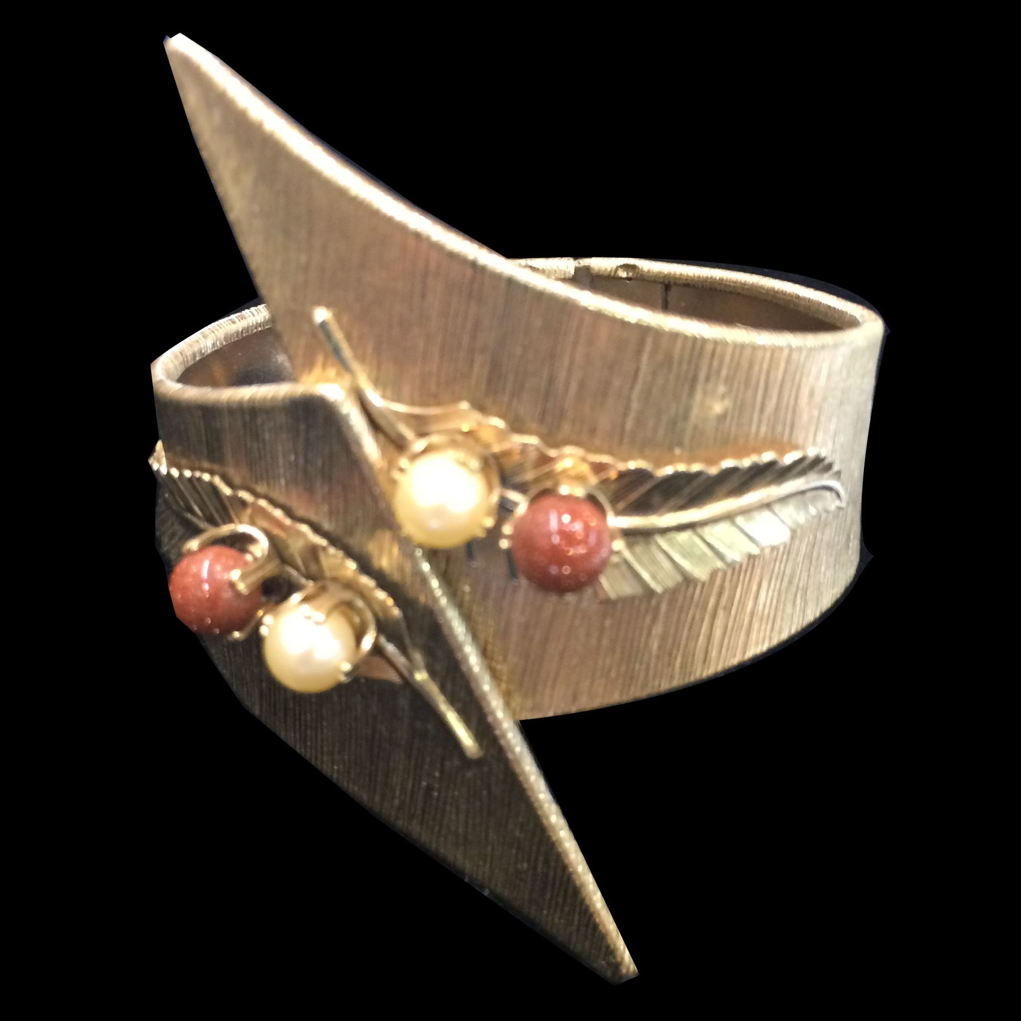 Textured Florentine Gold Tone Metal Bypass Cuff Bracelet with Imitation Pearl and Copper Fleck Cabochon Accents