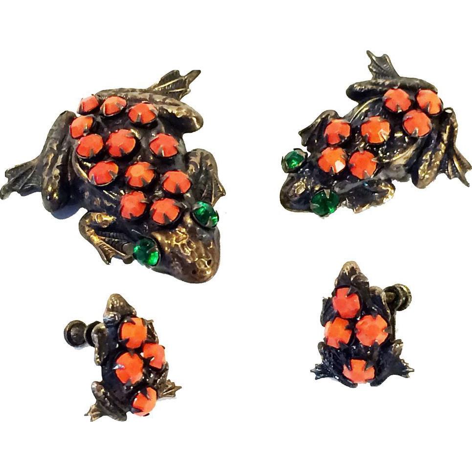 Art Deco Frog Family Scatter Pin Brooch Set & Earrings