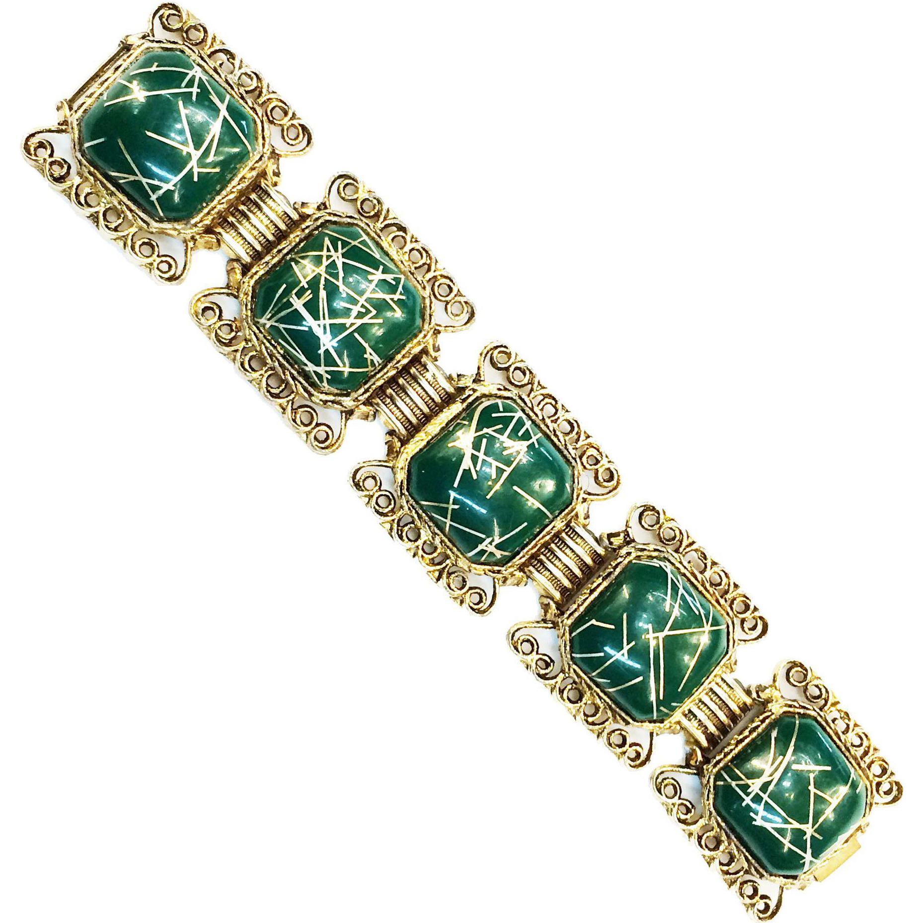 1950s Confetti Lucite Green Gilt Link Bracelet