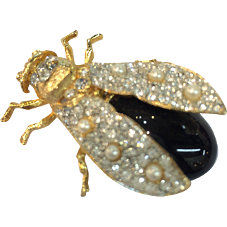CRAFT Big Beautiful Pave and Imitation Pearl Figural Bug Brooch in Florentine Gold Tone Setting