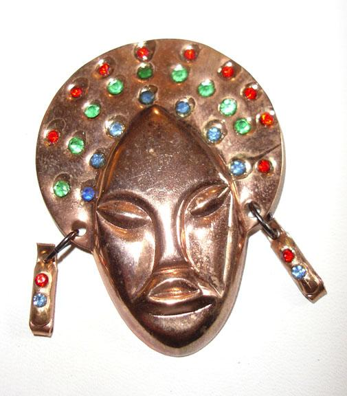 Gold Plated Face Brooch with Rhinestones