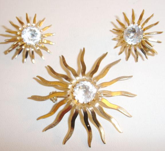 Sarah Coventry Starburst Brooch and Earring Set