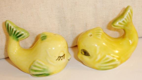 Flirting Yellow Angel Fish Salt and Pepper Shakers