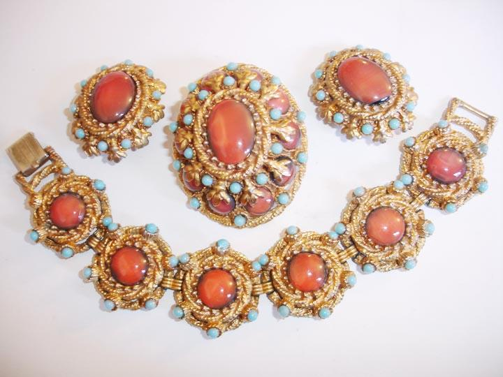 Hardy HAR HAR Coral Colored Resin Bracelet Brooch and Earring Parure with Turquoise Accents