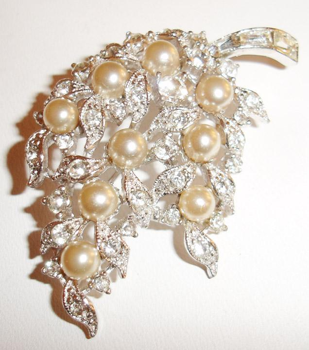 Bogoff Rhinestone and Imitation Pearl Brooch