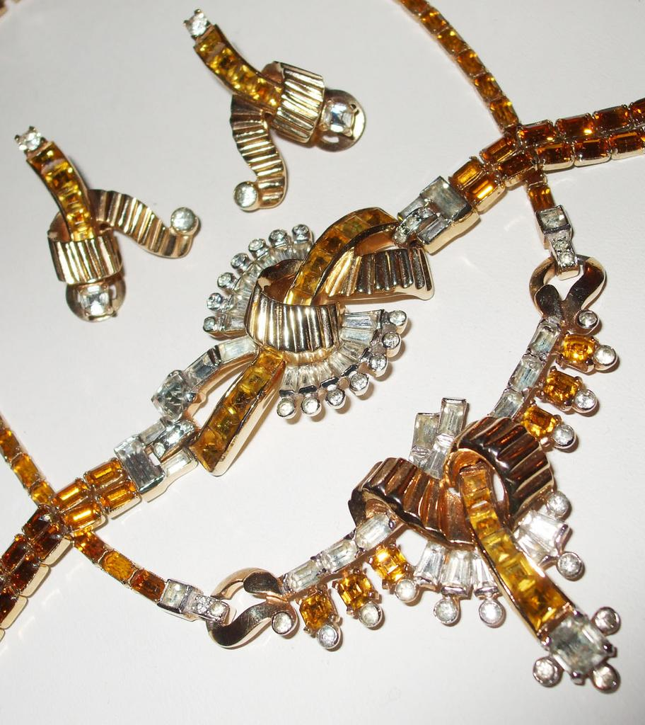 Mazer Topaz Rhinestone Necklace, Bracelet and Earring Parure