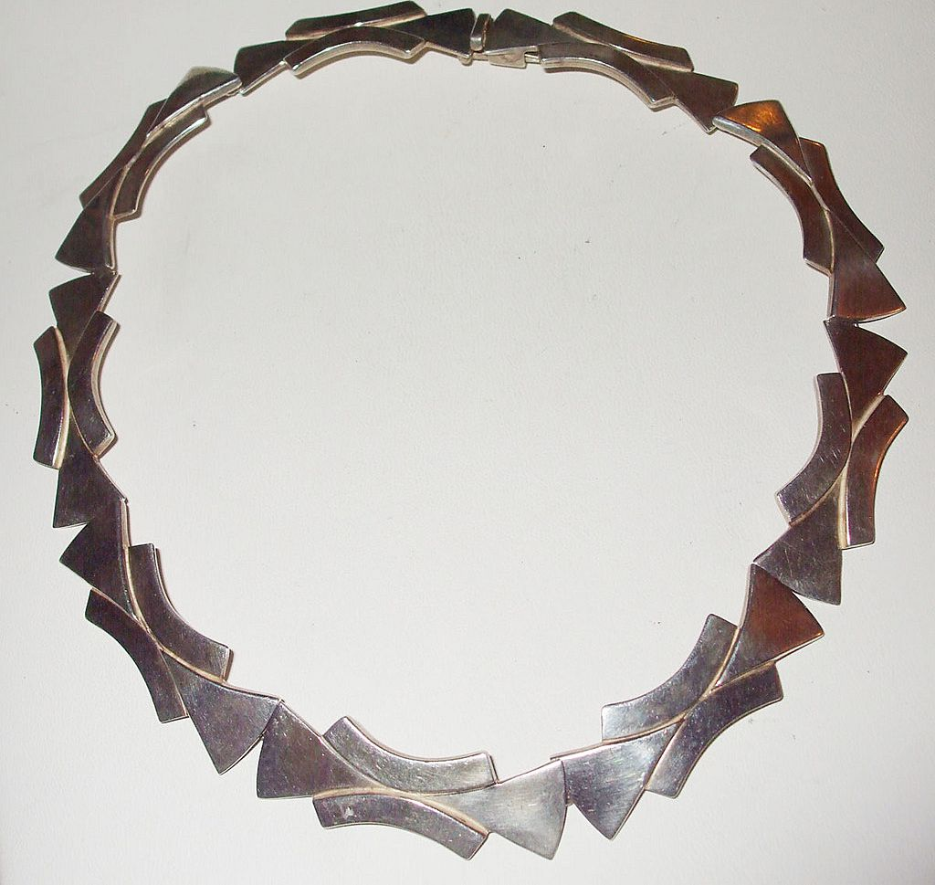 Modernist Reveriano Castillo Mexican Sterling Choker Necklace