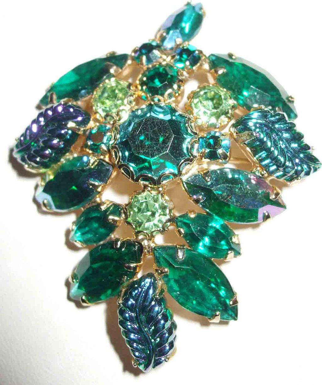 Signed WEISS Irridescent Molded Leafy Stones and Rhinestone Brooch