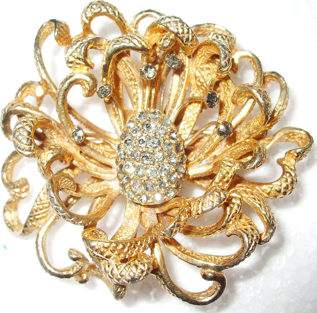 Signed Castlecliff Wonderful Wild Waving Sea Anemone Textured and Rhinestone Modernist Brooch