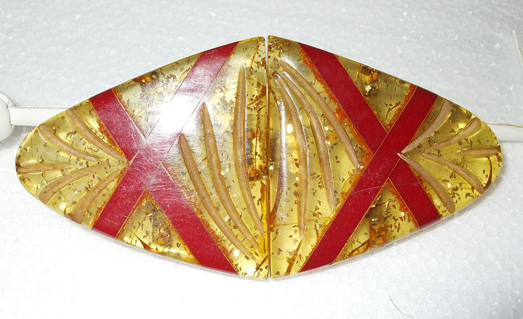 Large Funky Art Deco Flecked Applejuice and Red Inset Belt Buckle