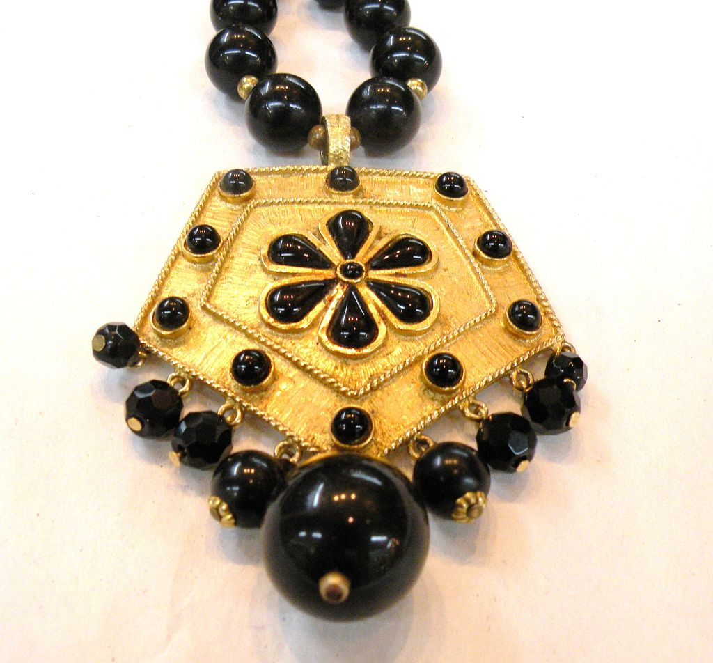 Black and Brass Baroque Pendant Beaded Necklace with Cabochons