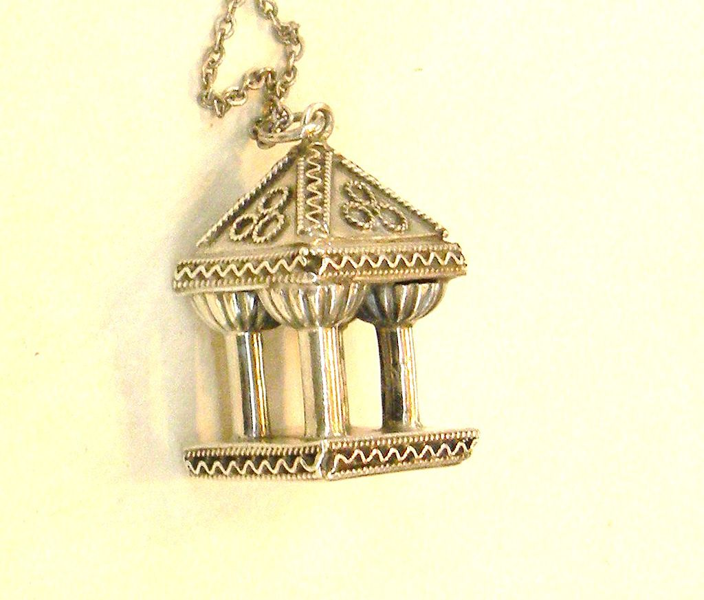 800 Silver Pagoda Style Charm Necklace