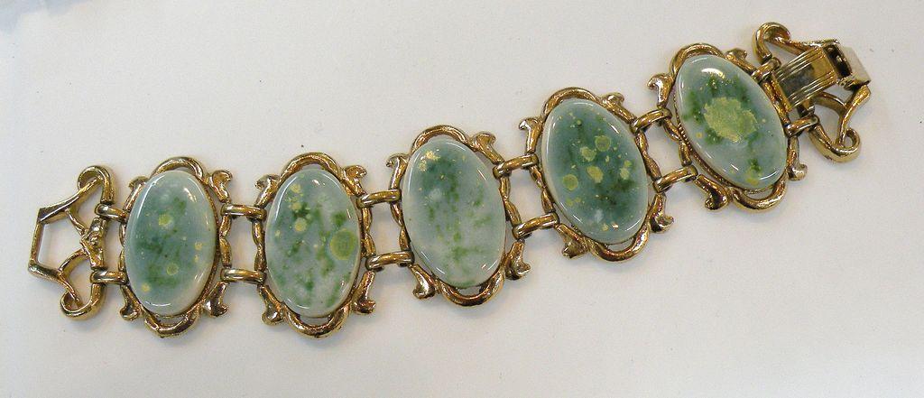 Mottled Spring Green Porcelain Cabochon Link Bracelet