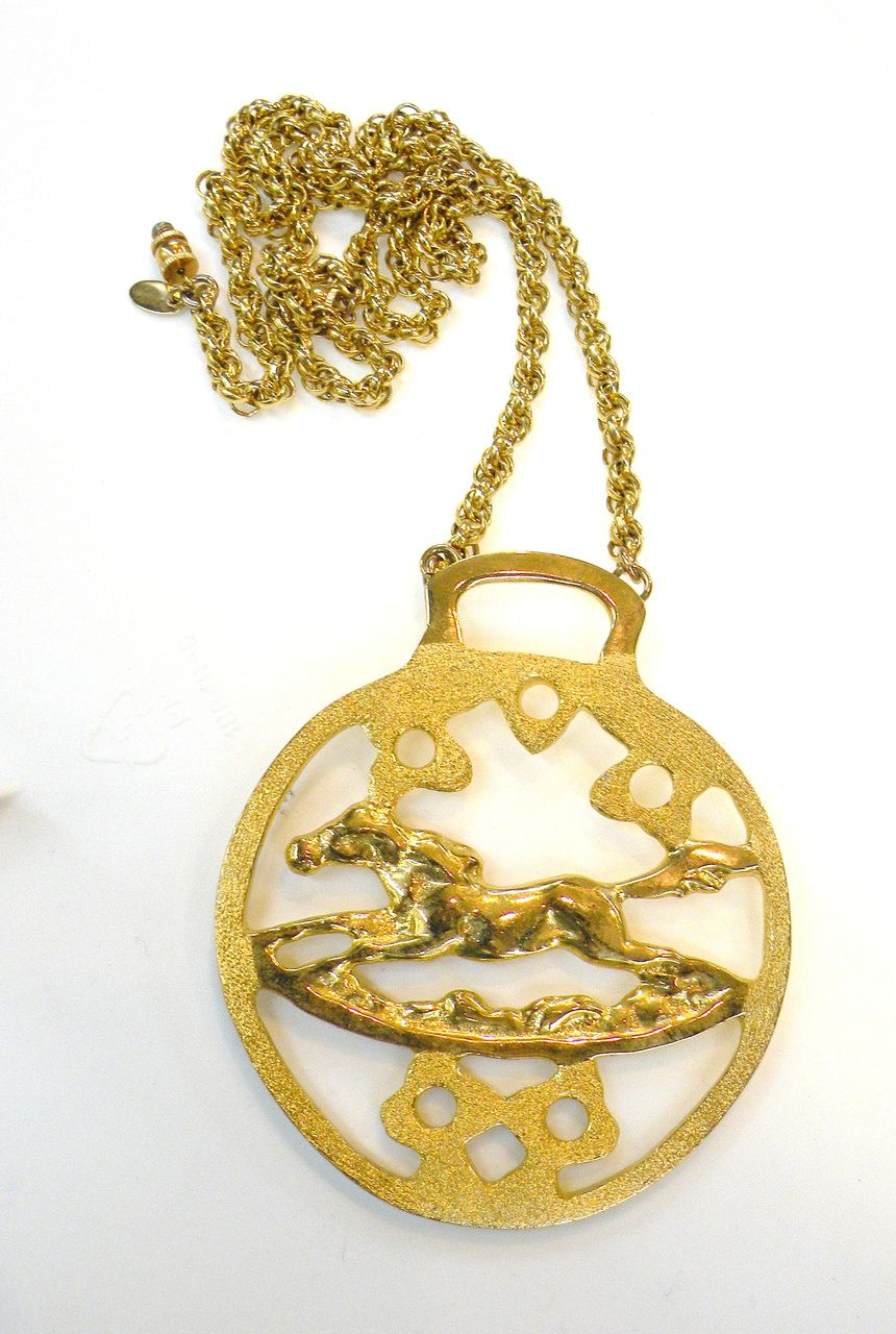 LES BERNARD Galloping Wild Stallion Horse Figural Pendant Necklace