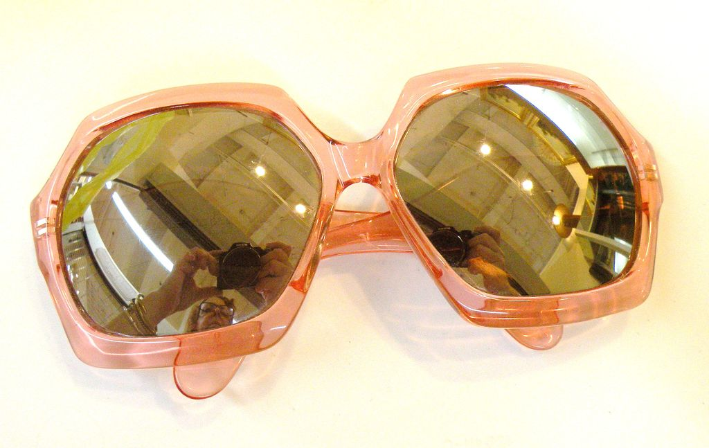 CUTLER AND GROSS of London Vintage Giant Bug Eye Peach Lucite Frames